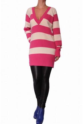 Пуловер -туника из шерсти с глубоким вырезом