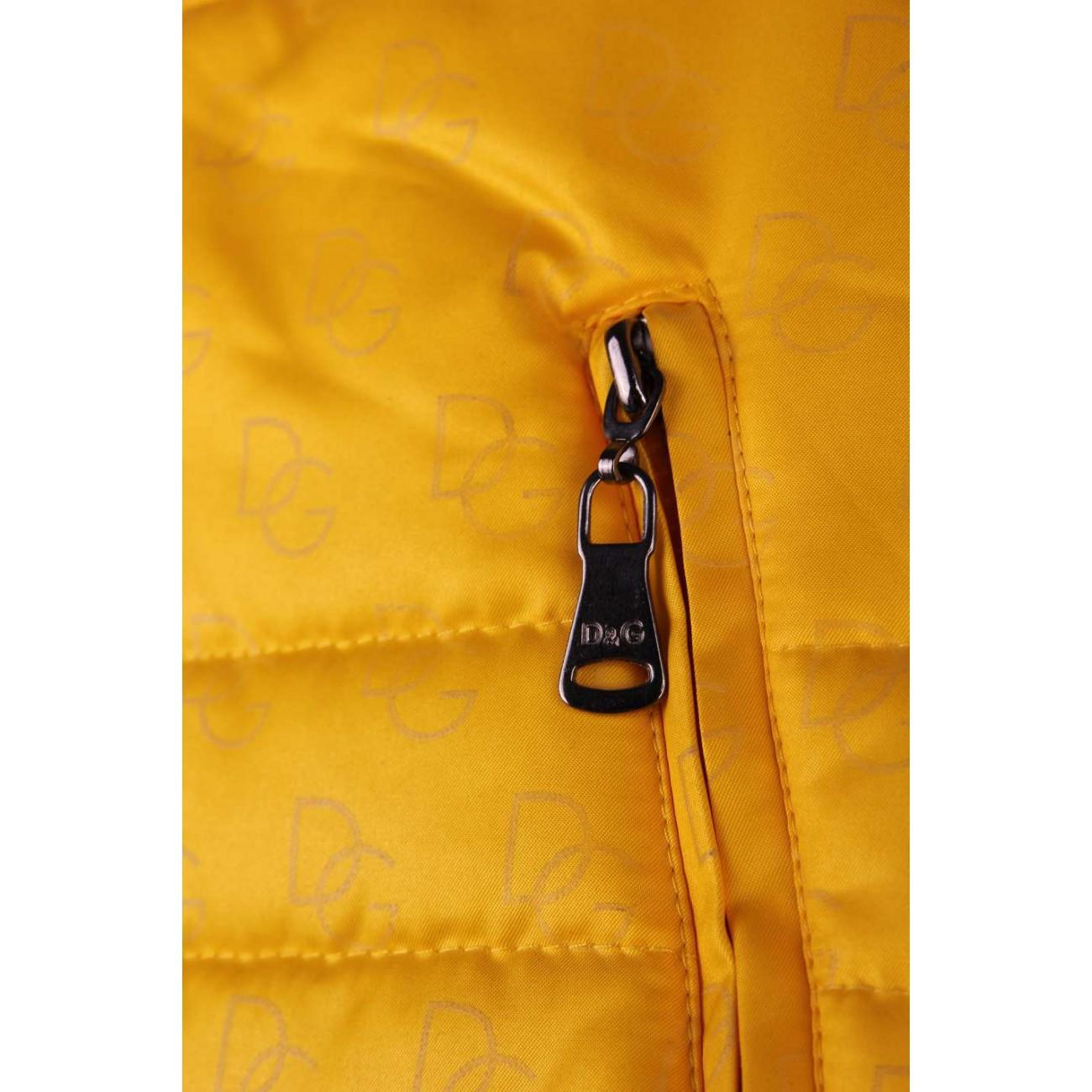 Куртка стеганая из итальянского атласа с воротником стойка