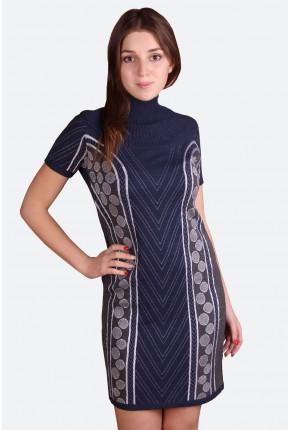 Платье трикотажное с высоким воротом